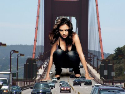 big art of Katie Holmes(Golden Gate Bridge)